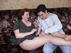 Rosyjski dojrzałe mama rajstopy i jej chłopak! amator!
