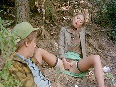 Łapanie dzikich sprzedawca przy użyciu pułapki pizdy